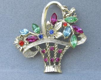 Signed 11 W 30th St DODDS Vintage Rhinestone Flower Basket Pin