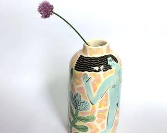 Running ladies big bottle vase