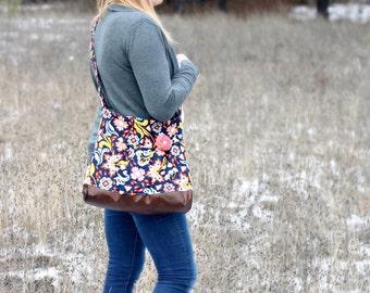 NAVY Floral Concealed Carry Messenger Bag, Diaper Bag Style, Conceal Carry Handbag, Concealed Carry Purse, Conceal