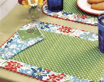 Reversible Placemats Napkins and Toile table setting - pattern