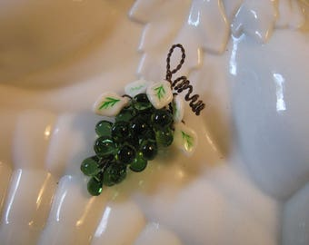 Small Green Glass Grapes Ornament// Pendant// Handmade Bunch of Grapes// Green Glass Grapes// Fruit