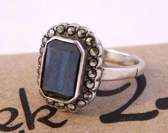 Vintage Silver Black Gem Ring, Black Silver Ring,  Black Marcasite Silver Ring, Silver Ring, Size Q, Size 8.25