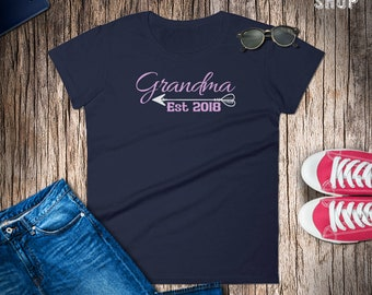 Grandma Est. 2018 Tshirt // Women's granny short sleeve t-shirt // Gift for future Nanny to be in 2018 // Gift for Mom to Grammy