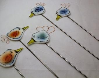 Fused Glass Bird Plant Stake, Plant Poker, Birdie Garden Art, Garden Marker, Garden Decoration, Bird Art