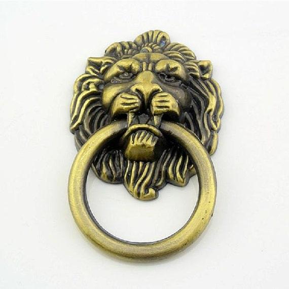 Cómoda tira cajón tira pomos manillas anillos cabeza de León ...