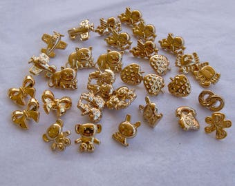 30 Gold Buttons, Mixed Gold Tone Buttons, Shank Back, Assorted sizes - Crafting Jewelry (AB 4)