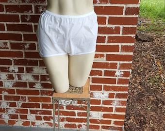 Vintage 60s White High Waist Nylon Granny Panties Sz 7
