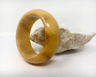 Midcentury Bakelite Bangle Bracelet