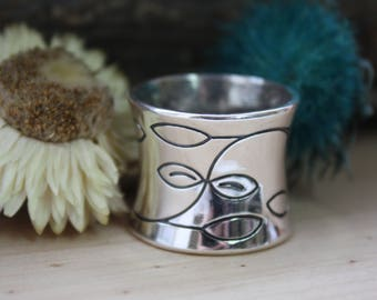 Wide ring, Wide silver ring, Large wide ring, Heavy ring, Sterling silver ring, Wide heavy sterling silver, Wide floral pattern silver ring