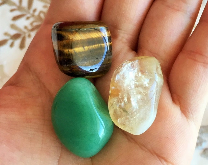 Money Crystals Set Stones for Prosperity and Success