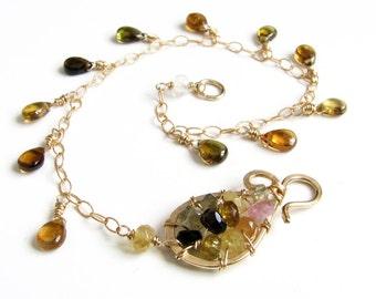 Gold bracelet Gold chain bracelet Watermelon tourmaline Gemstone bracelet Dainty bracelet October birthstone Libra Womens gift For her