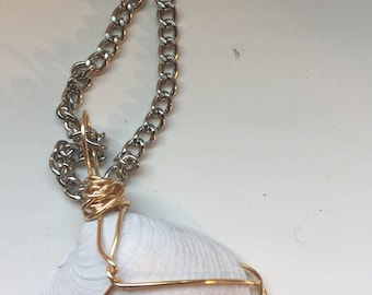 Gold wire wrapped shell