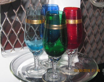 Holiday Cheer ! The Perfect Goblet for Celebrating !