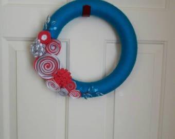 Yarn Wreath, Yarn Wrapped Wreath, Flower Wreath, Home Decór, Wedding Gift, Wedding Decór, Blue Yarn Wreath, Wrapped Blue Yarn Wreath, Wreath
