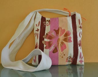 Cotton canvas shoulder bag painted with lotus flower