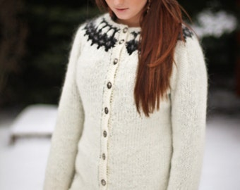 Icelandic traditional sweater, lopapeysa