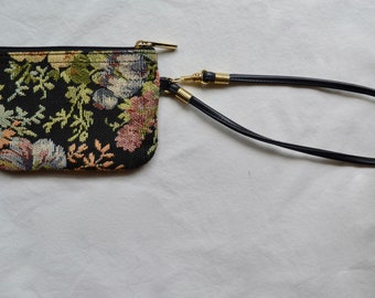 Embroidered Flower Design Wristlet Coin Purse/Pouch