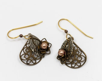 Victorian-Inspired Multilayered Drop Earrings with Pink Faux Pearl