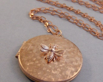 Rose Bee,Bee,Locket,Gold Locket,Rose Gold Locket,Rose Gold Bee,Bee Locket,Rose Gold Necklace,Rose Gold Flower,Iris Necklace,valleygirlde