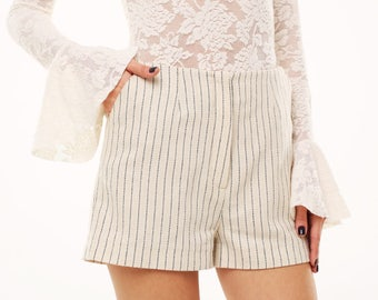High waisted ivory woolen shorts in blue stripes