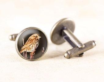 Moineau oiseau Bronze boutons de manchette homme, boutons de manchette - oiseau de Bronze boutons de manchette, boutons de manchette en photographie oiseau, Moineau bijoux, boutons de manchette oiseau