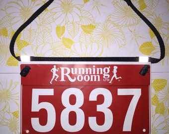 Race number belt, race bib belt, triathlon belt