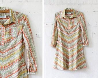 Fall Dress S • Floral Dress • 70s Mini Dress • Collared Dress • White Floral Dress • Chevron Dress • Flared Dress • Autumn Dress | D1015