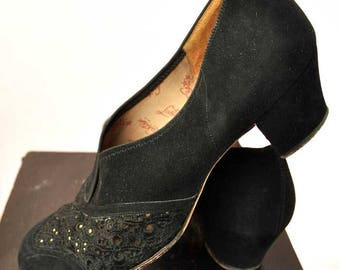Vintage Black 1940s Low Heel Day Shoes Designed by Sir Herbert Barker • 40s Slip On Shoes