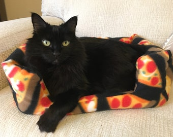 Pet Bed, Pizza Bed for Cat / Small Dog