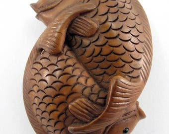 Double Fish Japanese Hand-Carved Boxwood Netsuke Bead