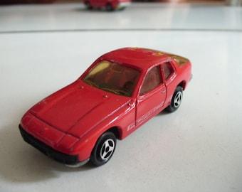 Majorette porsche 924 in Red