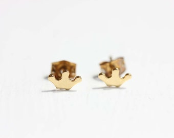Gold Crown Studs, Crown Studs, Prince Studs, Princess Studs, Small Gold Stud, Tiny Gold Studs, Queen Studs, Royal Studs, Crown Shape Studs