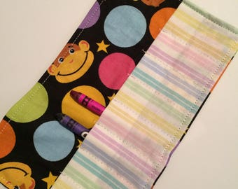 Crayon Roll up monkey with circles