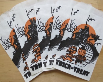 Vintage Halloween Treat Bags - Your choice of 1, 5 or 10 bags! Haunted House Trick-Or-Treaters Loot Bags