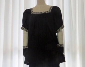 Summer top, Japanese print,  Women's cotton top, Handmade,  Black cotton top, Maternity, Summer  top, Smock top.