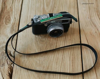 Green top Black Smooth cowhide 12mm handmade leather camera strap Customizable logo