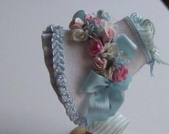 Handmade 1/12 dollshouse miniature white silk bonnet