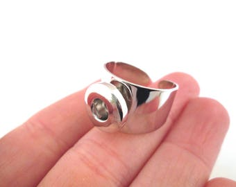 1 silver plated 12mm noosa style snap popper ring, A361