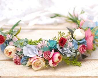 Wedding floral crown Bridal halo Spring wedding hair piece Bridal flower crown Flower headpiece Floral crown  Boho wedding Flower girl crown