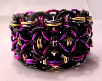 Stretchy Chainmaille Cuff Bracelet - Aluminum & Rubber - Rondo - Chainmail Jewelry
