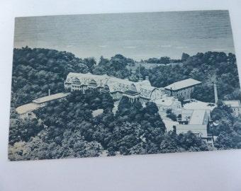 Vintage Postcard Hotel Moraine on the Lake Highland Park, Illinois 1956