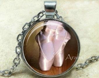 Ballet art pendant, ballet necklace, ballet jewelry, dance necklace, dance pendant, ballerina necklace, Pendant#HG144P