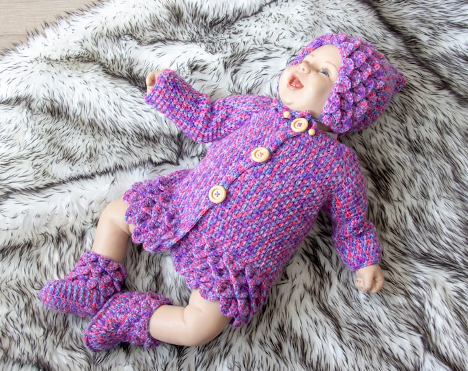 Crocodile stitch baby set- Baby girl clothes - Pixie Hat - Crocodile stitch Booties - Crochet baby clothes - Baby girl outfit- Ready to ship