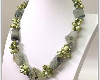 Prehnite Pearls Necklace