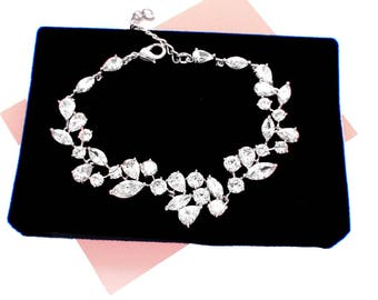 Wedding accessories, Swarovski crystal bracelet, bridal bracelet, rhinestone wedding bracelet, wedding jewelry, crystal bridesmaid bracelet
