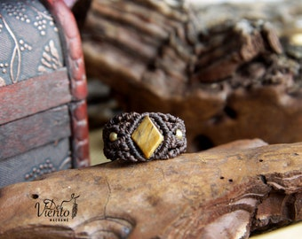 Macrame ring with Eye of Tiger/macrame ring with tiger eye/Bohemian jewelry/Reiki/Boho/Festival