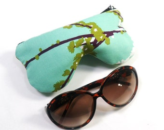 Curves Aviary 2 Sparrows Plum Eyeglass Case, Sunglasses Pouch, Sunglasses Case, Zippered Eye Pouch