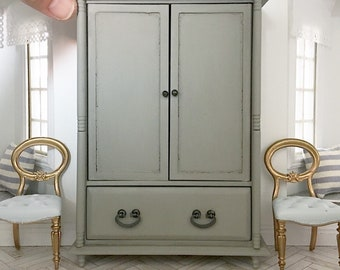 Miniature cupboard - wardrobe - armoire - french country grey - Dollhouse - Roombox - Diorama - 1:12 scale
