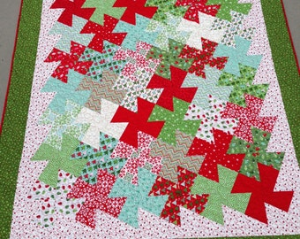 Finished Christmas Twister Lap Quilt