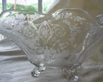 Stunning Antique Etched Glass Center Piece Bowl, Console Bowl, Cambridge, Diane, 4 Toes
